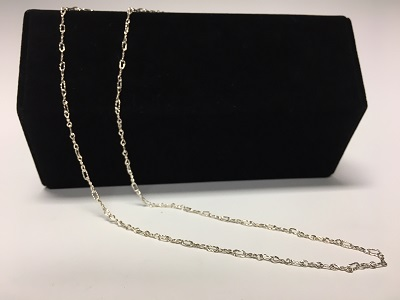 Thin soldered chain